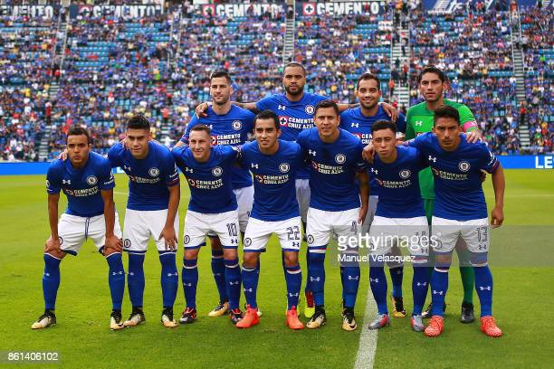 Players of Cruz Azul pose prior the 13th round match between Cruz Azul and America as part of the Torneo Apertura 2017 Liga MX at Azul Stadium on...