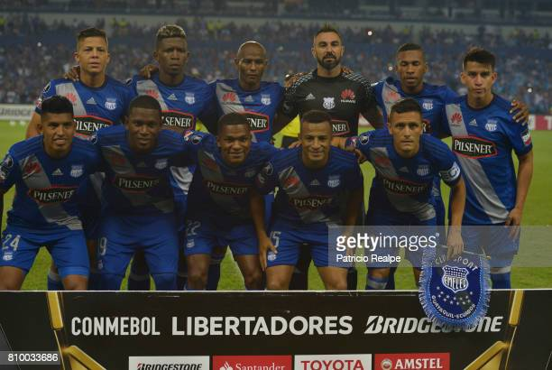 Players of Emelec pose for the photo prior to a first leg match between Emelec and San Lorenzo as part of round of 16 of Copa CONMEBOL Libertadores...