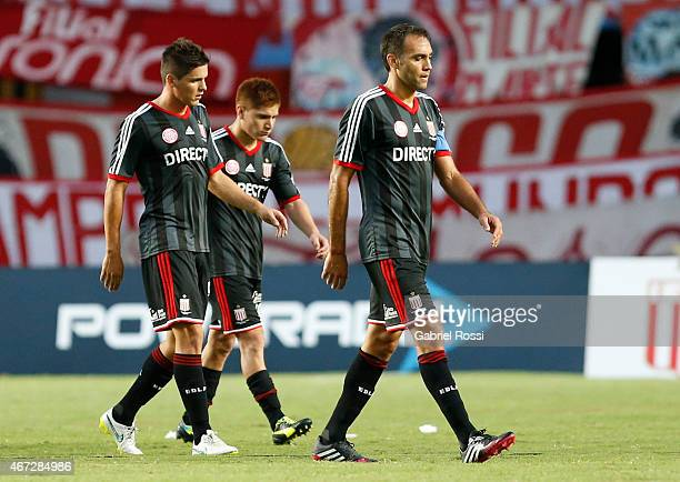 Players of Estudiantes leave the field after the match between Estudiantes and Banfield as part of sixth round of Torneo Primera Division 2015 at...
