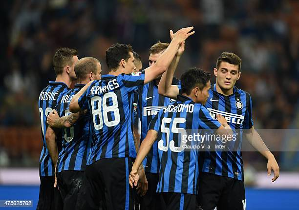 Players of FC Internazionale celebrate after during the Serie A match between FC Internazionale Milano and Empoli FC at Stadio Giuseppe Meazza on May...