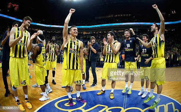 Players of Fenerbahce Istanbul celebrate victory during the 20152016 Turkish Airlines Euroleague Basketball Playoffs Game 1 between Fenerbahce...