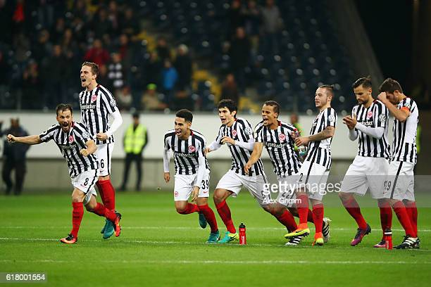 Players of Frankfurt celebrate after winning the penalty shootout during the DFB Cup Second Round match between Eintracht Frankfurt and FC Ingolstadt...