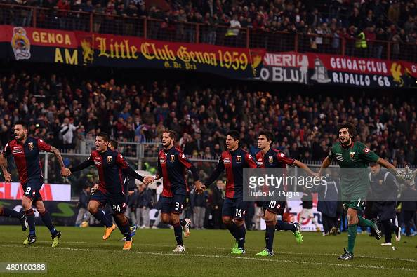 Players of Genoa celebrates after winning the Serie A match between Genoa CFC and AC Milan at Stadio Luigi Ferraris on December 7 2014 in Genoa Italy