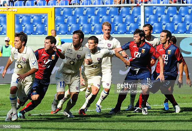 Players of Genoa CFC and AC Chievo Verona wait for the ball to come into the penalty area during the Serie A match between Genoa CFC and AC Chievo...