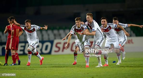 Players of Germany U17 react after winning with penalties during the UEFA European Under17 Championship quarter finals match against Spain U17 at...