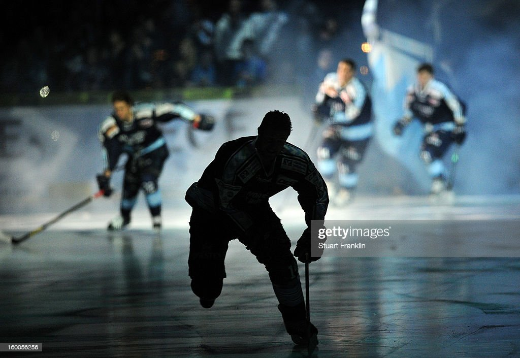 Players of Hamburg skate onto the ice during the DEL game between Hamburg Freezers and Thomas Sabo Ice Tigers at O2 World on January 25, 2013 in Hamburg, Germany.