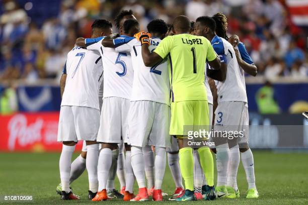 Players of Honduras gather prior the Group A match between Honduras and Costa Rica as part of the Gold Cup 2017 at Red Bull Arena on July 07 2017 in...