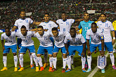 Players of Honduras pose for pictures prior a friendly match between Mexico and Honduras at Victor Manuel Reyna Stadium on October 09 2014 in Tuxtla...