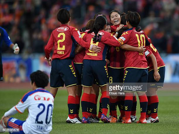 Players of INAC Kobe Leonessa celebrate their 10 win in the 37th Empress's Cup All Japan Women's Championship final match between INAC Kobe Leonessa...