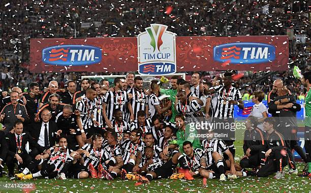 Players of Juventus celebrate the victory of TIM Cup after the TIM Cup final match between SS Lazio and Juventus FC at Olimpico Stadium on May 20...