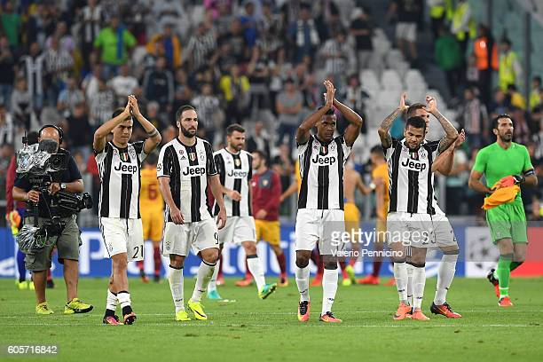 Players of Juventus FC salutes the fans at the end of the UEFA Champions League Group H match between Juventus FC and Sevilla FC at Juventus Stadium...