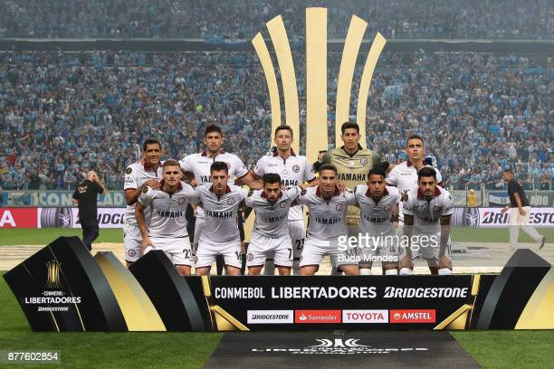 Players of Lanus line up for a picture during the first leg match between Gremio and Lanus as part of Copa Bridgestone Libertadores 2017 Final at...