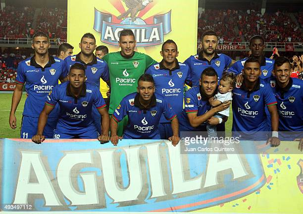 Players of Llaneros FC pose for photos prior a match between America de Cali and Llaneros FC as part of round 15 of second leg of Torneo Aguila 2015...