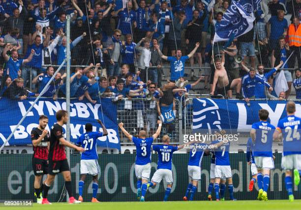 Players of Lyngby Boldklub celebrates after scoring their first goal during the Danish Alka Superliga match between FC Midtjylland and Lyngby BK at...