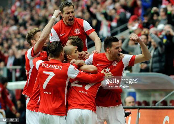 Players of Mainz celebrates after Nicolai Mueller is scoring his teams first goal during the Bundesliga match between FSV Mainz 05 and 1FC Nuernberg...