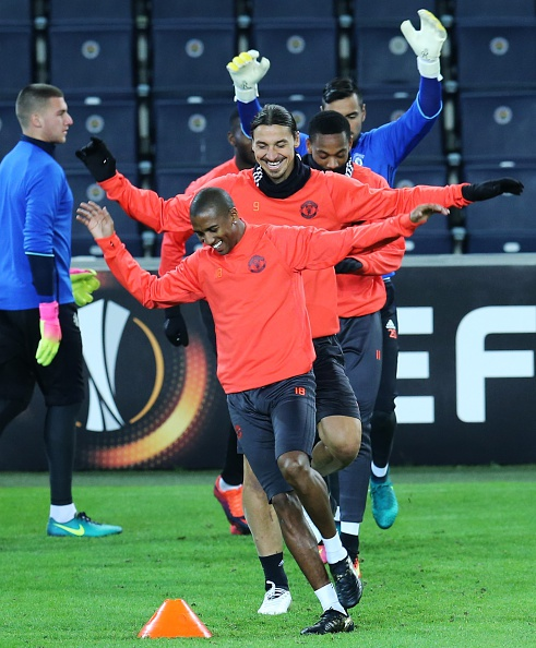 Manchester United training session in Istanbul : News Photo