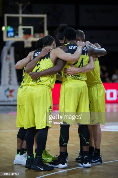 Players of medi bayreuth during the easyCredit BBL match between medi bayreuth and EWE Baskets Oldenburg at Oberfrankenhalle on May 5 2017 in...