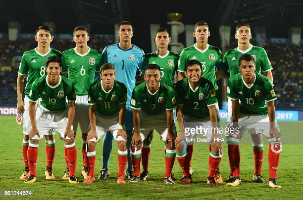 Players of Mexico pose for a team photograph during the FIFA U17 World Cup India 2017 group E match between Mexico and Chile at Indira Gandhi...