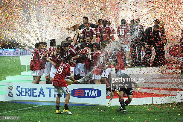 Players of Milan celebrate winning the Italian Serie A championship after the Serie A match between AC Milan and Cagliari Calcio at Stadio Giuseppe...