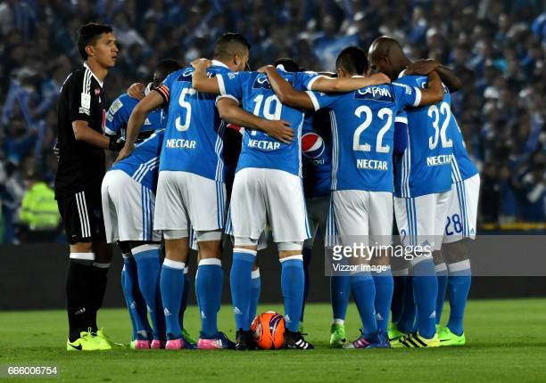Players of Millonarios huddle prior the match between Millonarios and Atletico Nacional as part of the Liga Aguila I 2017 at Nemesio Camacho El...