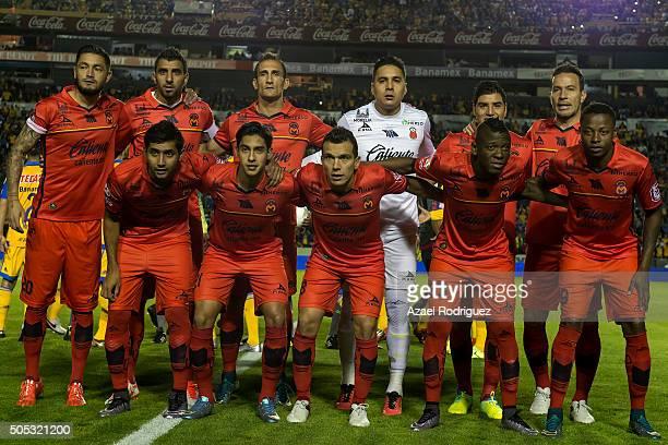 Players of Morelia pose prior the 2nd round match between Tigres UANL and Morelia as part of the Clausura 2016 Liga MX at Universitario Stadium on...