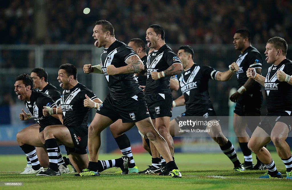 Players of New Zealand act out the Haka during the Rugby League World Cup group B match between New Zealand and France at Parc des Sports on November 1, 2013 in Avignon, France.