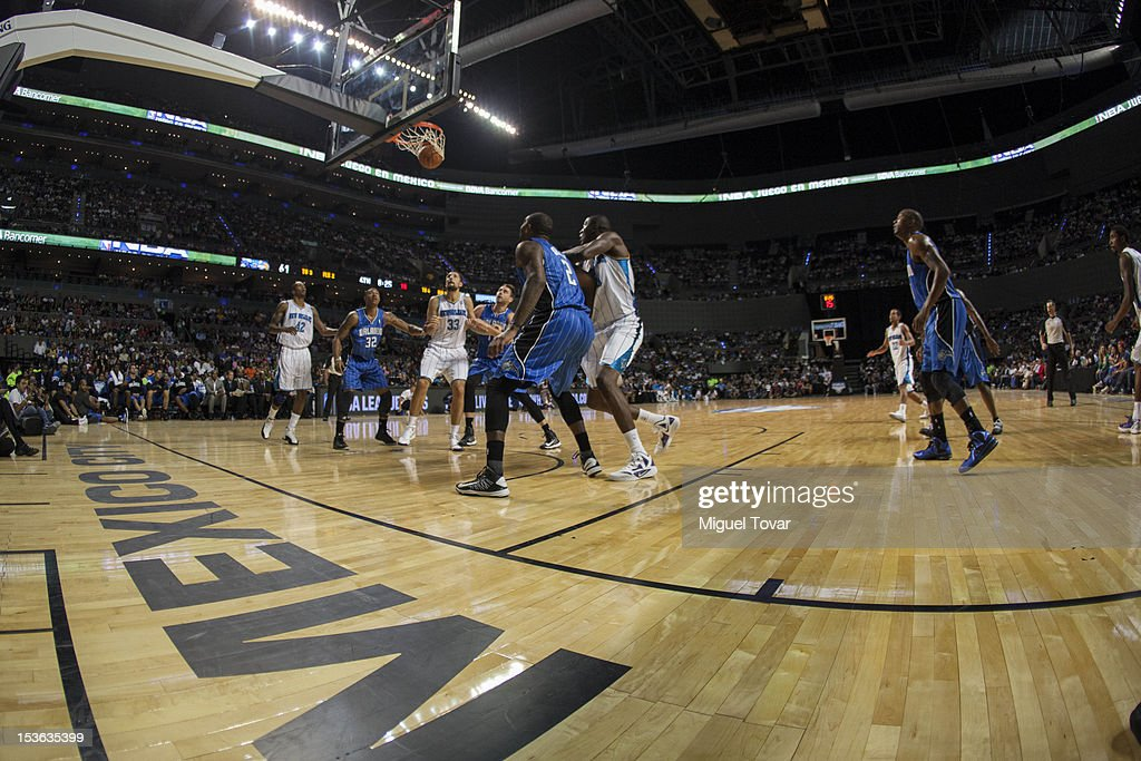 Players of Orlando Magic and New Orleans´Hornets during a free throw at the game between the Orlando Magic and the New Orleans Hornets on October 7, 2012 at Mexico City Arena in Mexico City.