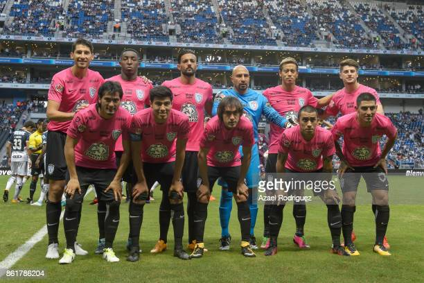 Players of Pachuca pose prior to the 13th round match between Monterrey and Pachuca as part of the Torneo Apertura 2017 Liga MX at BBVA Bancomer...