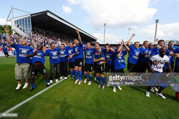 Players of Paderborn celebrate the ascension to the Second Bundesliga after the Second Bundesliga Play Off match between VfL Osnabrueck and SC...