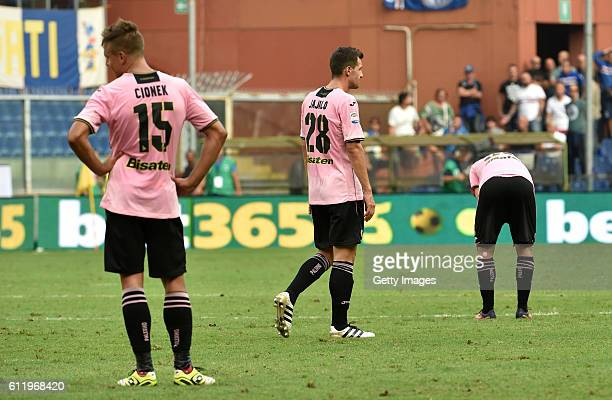 Players of Palermo show their dejection after Bruno Fernandes' equalizing goal during the Serie A match between UC Sampdoria and US Citta di Palermo...
