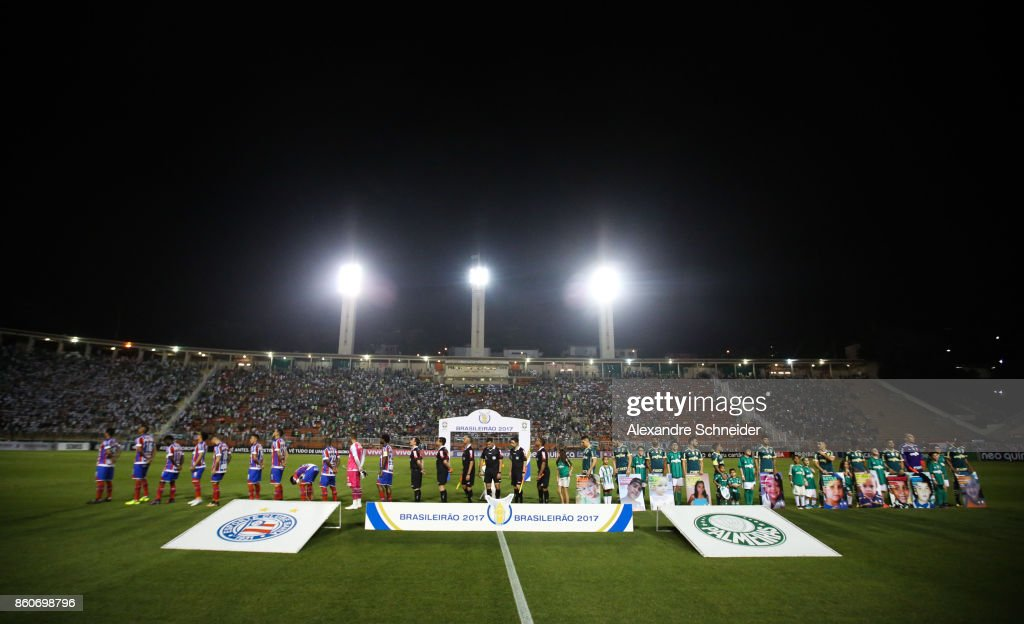 Players of Palmeiras and of Bahia stand for the national anthen before the match between Palmeiras v Bahia for the Brasileirao Series A 2017 at Pacaembu Stadium on October 12, 2017 in Sao Paulo, Brazil.