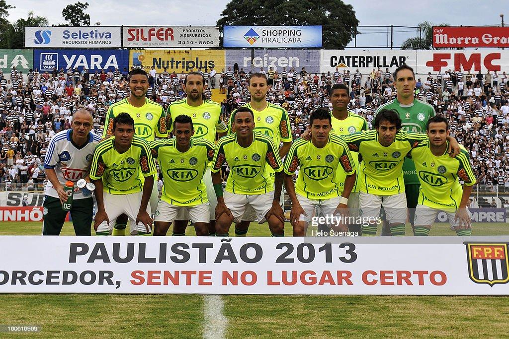 Players of Palmeiras pose during the match between Palmeiras and XV de Piracicaba as part of Campeonato Paulista 2013 at Barão de Serra Negra Stadium on February 3, 2013 in Piracicaba, Brazil.