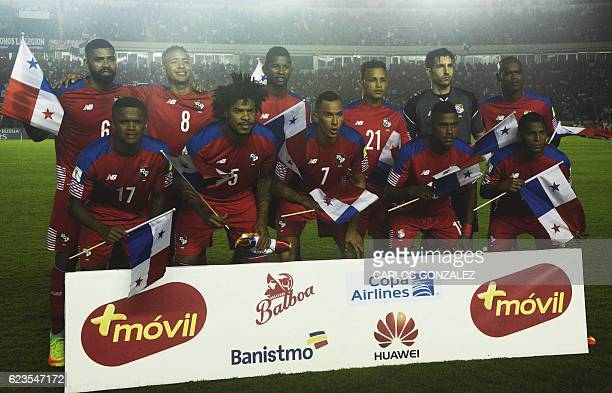 Players of Panama pose for pictures before the start of their 2018 FIFA World Cup qualifier football match against Mexico in Panama City on November...