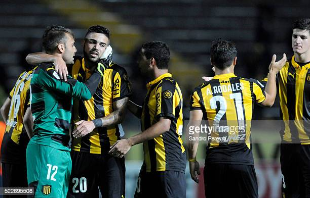 Players of Penarol celebrate their victory after a match between Penarol and Sporting Cristal as part of Copa Libertadores 2016 at Campeon del Siglo...