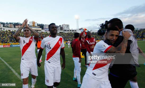 Players of Peru celebrate their victory after the match between Ecuador and Peru as part of FIFA 2018 World Cup Qualifiers at Olimpico Atahualpa...