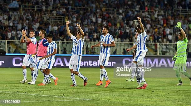 Players of Pescara after the first leg of the Serie B playoff final match between Pescara Calcio and Bologna FC at Adriatico Stadium on June 5 2015...