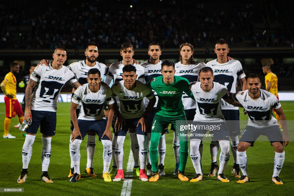 Players of Pumas pose prior the 6th round match between Pumas UNAM and Morelia as part of the Torneo Apertura 2017 Liga MX at Olimpico Universitario Stadium on August 22, 2017 in Mexico City, Mexico.