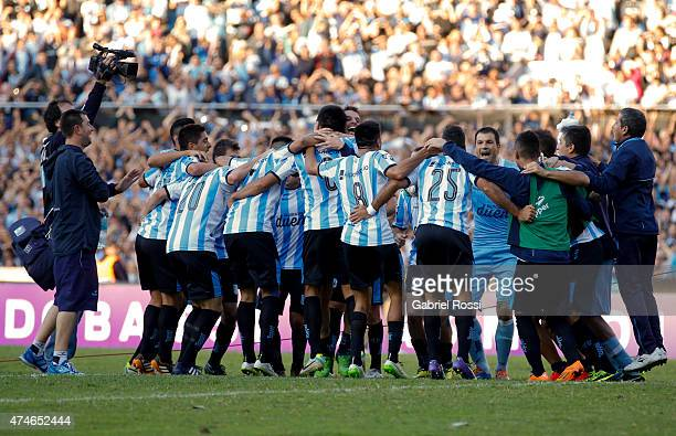 Players of Racing Club celebrate after winning a match between Racing Club and Independiente as part of 13th round of Torneo Primera Division 2015 at...
