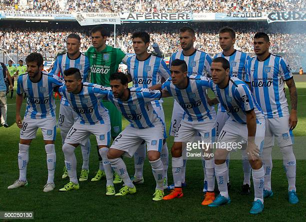 Players of Racing Club pose before a second leg match between Independiente and Racing Club as part of Pre Copa Libertadores Playoff at Presidente...