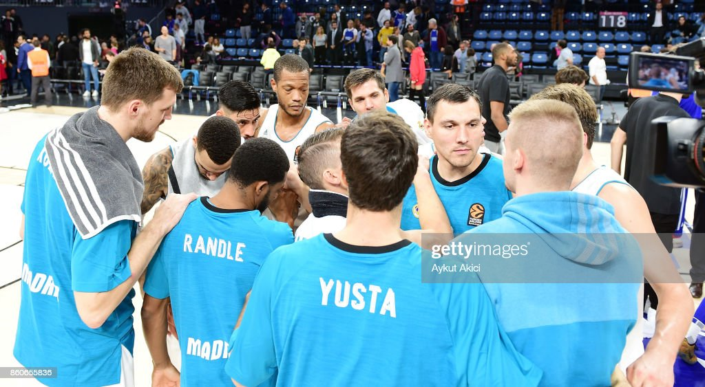 Players of Real Madrid celebrate victory during the 2017/2018 Turkish Airlines EuroLeague Regular Season Round 1 game between Anadolu Efes Istanbul v Real Madrid at Sinan Erdem Dome on October 12, 2017 in Istanbul, Turkey.