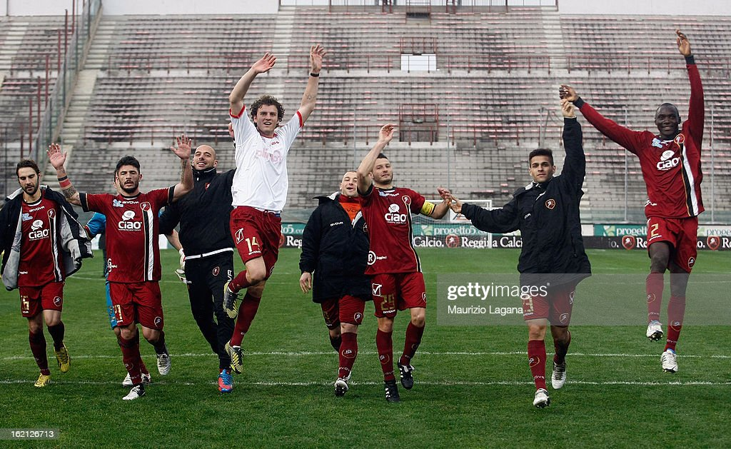 Players of Reggina celebrate after the Serie B match between Reggina Calcio and Calcio Padova on February 16, 2013 in Reggio Calabria, Italy.