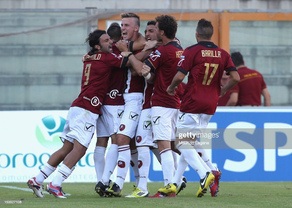 Players of Reggina celebrate Rodrigo Ely for his goal during the Serie A match between Reggina Calcio and Novara Calcio at Stadio Oreste Granillo on...