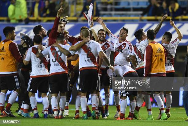 Players of River Plate celebrate their victory after a match between Boca Juniors and River Plate as part of Torneo Primera Division 2016/17 at...