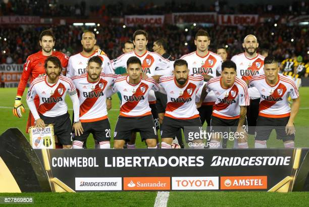 Players of River Plate pose for a photo prior the second leg match between River Plate and Guarani as part of round of 16 of Copa CONMEBOL...