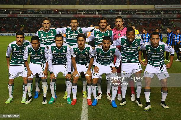 Players of Santos pose prior a match between Queretaro and Santos Laguna as part of 4th round Clausura 2015 Liga MX at Corregidora Stadium on January...