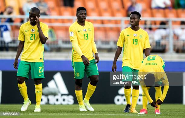 Players of South Africa are looking dejected after loosing the FIFA U20 World Cup Korea Republic 2017 group D match between South Africa and Japan at...