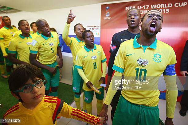 Players of South Africa sing in the tunnel prior to the FIFA U17 World Cup Chile 2015 Group E match between Russia and South Africa at Estadio...