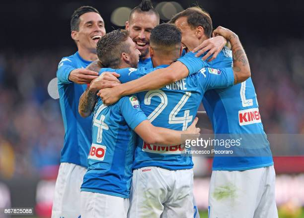 Players of SSC Napoli celebrate the 31 goal scored by Dries Mertens during the Serie A match between SSC Napoli and US Sassuolo at Stadio San Paolo...