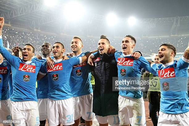 Players of SSC Napoli celebrate the victory after the Serie A match between SSC Napoli and FC Internazionale Milano at Stadio San Paolo on November...