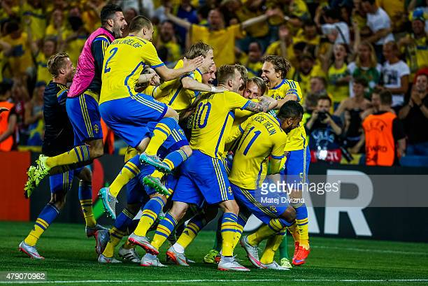 Players of Sweden celebrate their victory in UEFA U21 European Championship final match between Portugal and Sweden at Eden Stadium on June 30 2015...